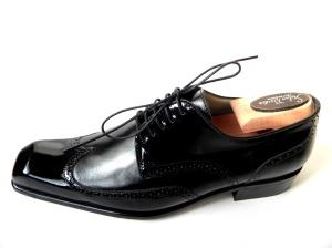 Pantofi lucrati manual
